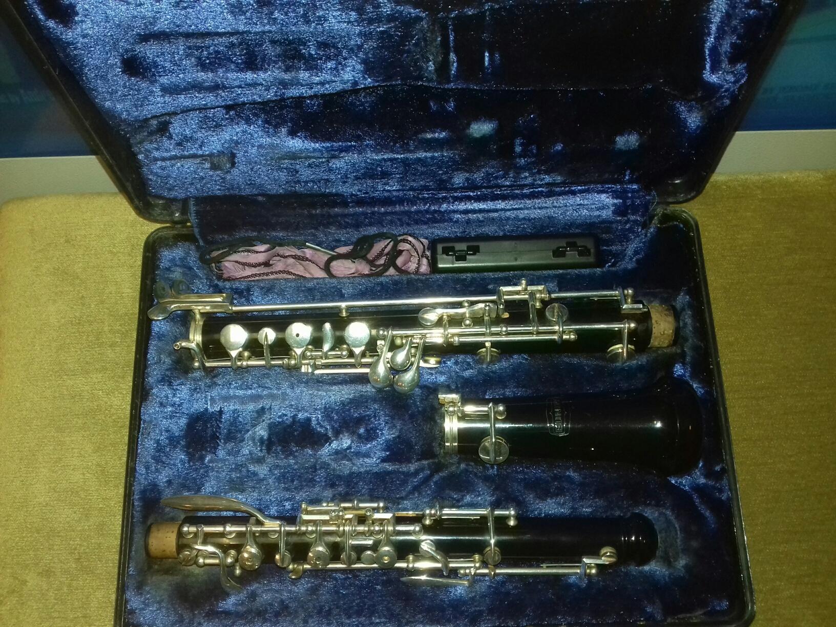 Bundy Oboe (Plastic) Pre-owned