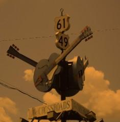 Tanglewood Crossroads TWCR O E